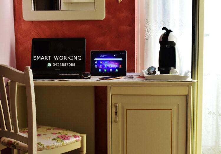 Smart-Working-SLIDER_2020_01